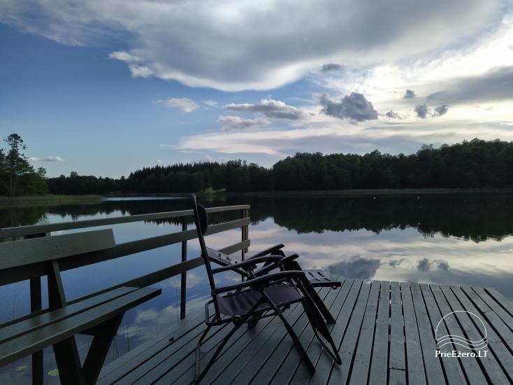 """""""Vilko namai"""" ant Uolio ežero kranto - 2"""