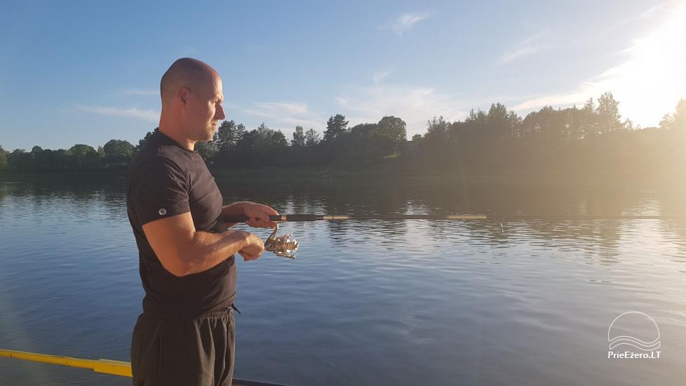 Plausto NEMO nuoma Avirio ežere. Apgyvendinimas, maitinimas bei pirtis ant vandens! - 29