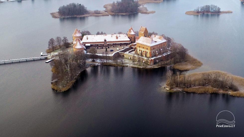 """""""Medaus pirtelė""""– 2-4 žm. prie ežero Trakų raj. - 55"""