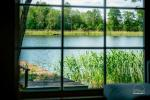 Sodyba VieniKrante ramiam poros ar šeimos poilsiui ant ežero kranto - 4