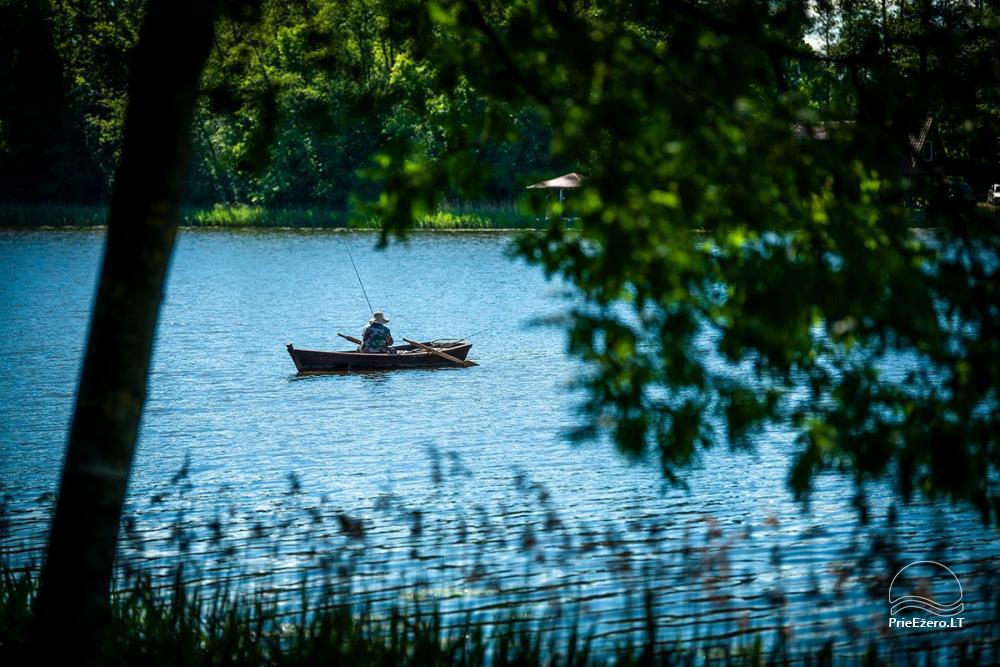 Sodyba VieniKrante ramiam poros ar šeimos poilsiui ant ežero kranto - 14