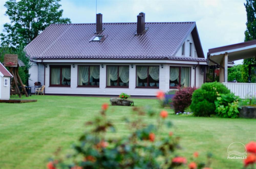 Namas  šventėms su sale, miegamaisiais, profesionalia virtuve