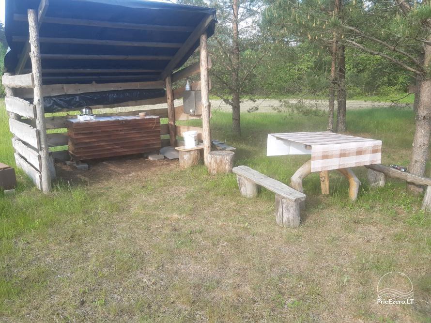 Namelis stovyklavietėje prie Kiaunos - 6