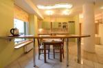 Nr. 1 butas - virtuvė baras