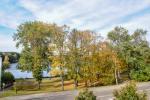 Terasos su vaizdu į ežerą