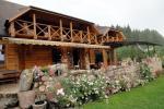 Sodyba Akmendvaris 10 km už Trakų, salė - iki 80 žmonių, apgyvendiname iki 70, Pirtis