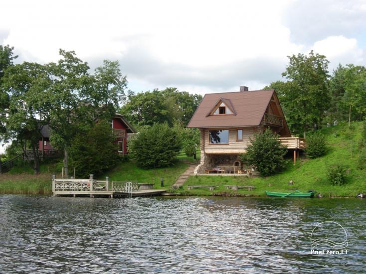 Sodyba Pas tėvukus Žemaitijos nacionaliniame parke ant Beržoro ežero kranto. - 4
