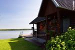 Sodyba Molėtų rajone prie Bebrusų ežero