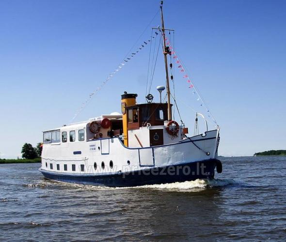 Keliaukite vandens keliu laivu Forelle - 1