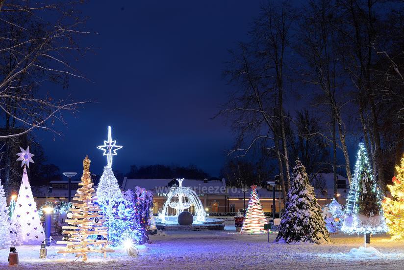 Kalėdų eglės įžiebimas Druskininkuose. 2020 m. gruodžio 4 d. - 5