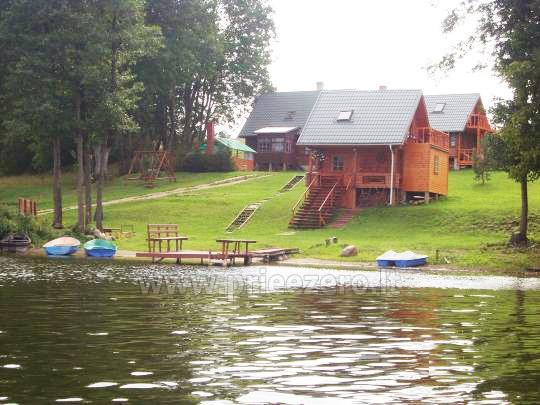 Žvejyba ežere, valtys, pažintiniai žygiai valtimis Edmundo Dapkaus kaimo turizmo sodyboje - 1