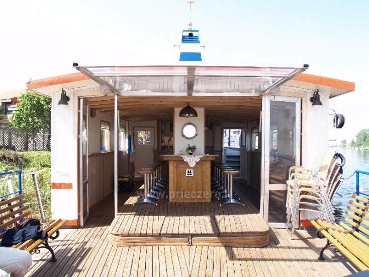 """50 vietų laivu """"Aisytė"""" iškyloms ir šventėms"""