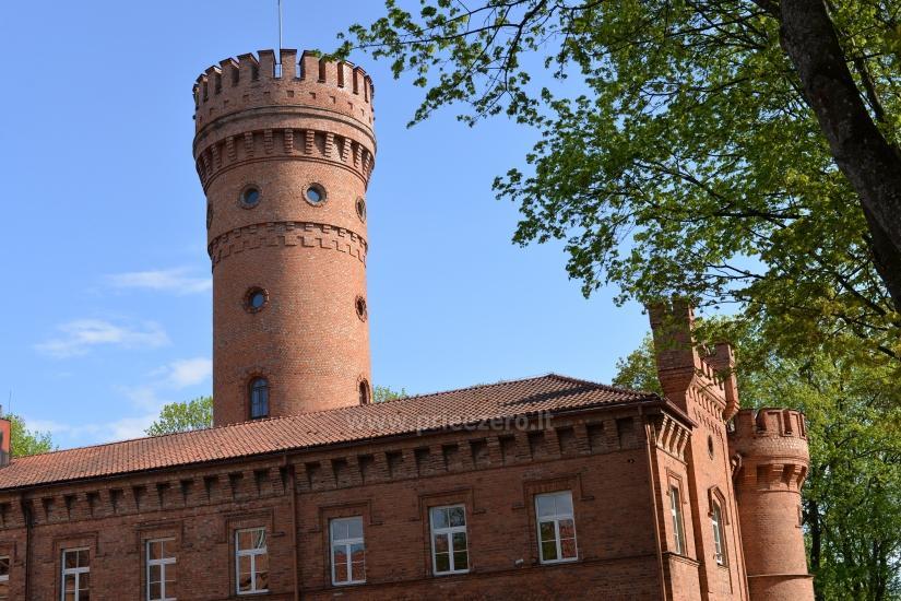 33,5 m aukščio pilies bokštas