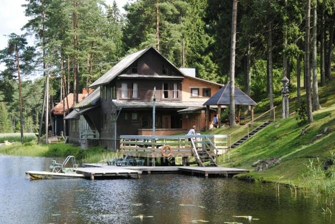 12 vietų vasarnamis su pirtimi ir kambariais prie Platelių ežero Saulės slėnis - 2