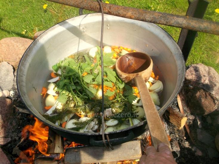 Edukacinė programa - žuvienės (tautinis paveldas) virimas Ignalinos rajone Gaidelių sodyboje - 1