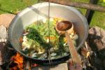 Edukacinė programa - žuvienės (tautinis paveldas) virimas Ignalinos rajone Gaidelių sodyboje