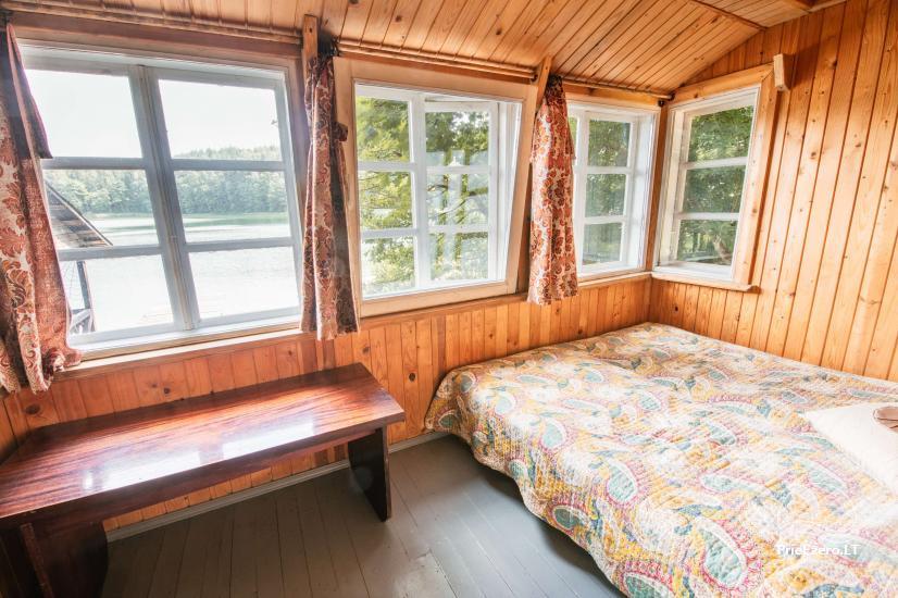 Namas su pirtimi ant Ilgučio ežero kranto - 9