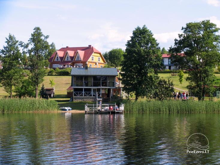 Aktyvios pramogos sodyboje Trakų raj. ant ežero kranto - 1
