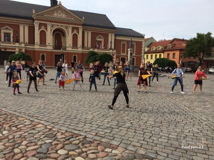 Klaipėdos jaunimas kviečia išsitraukti skėčius - 2