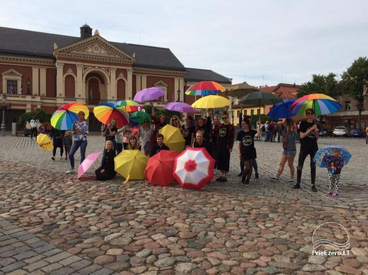 Klaipėdos jaunimas kviečia išsitraukti skėčius - 3
