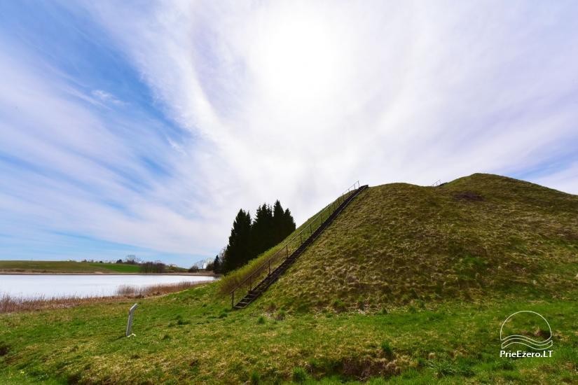 Paukščių (Dukurnonių) piliakalnis su gyvenviete Prienų rajone - 1