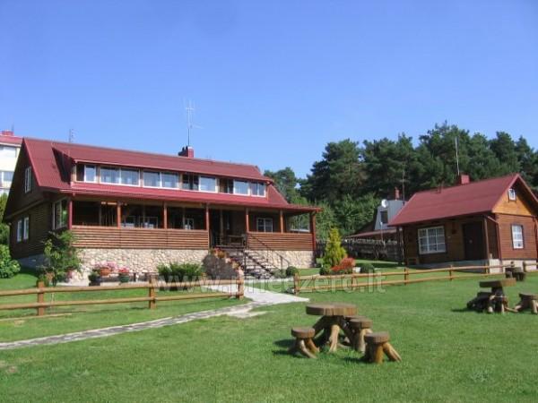 18 vietų ir 40 vietų salės nuoma, pirtis ant ežero kranto Aukštadvaryje Antano Bielinio sodyboje - 4