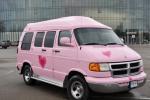 """""""Pink Limo"""" - išskirtinio mikroautobuso nuoma Jūsų šventei"""