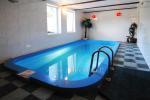 Jaukus viešbutis su pirtim, baseinu ir pokylių sale