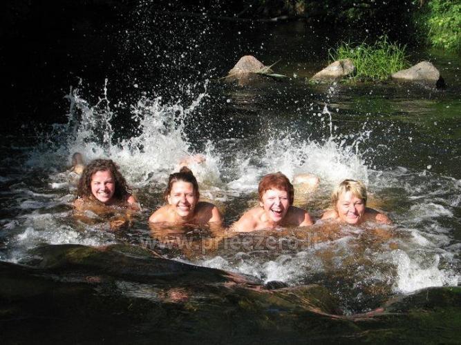 Ritualinės pirtys, kubilas. Sodyboje yra unikalių šaltinių vandens tvenkiniai - 3