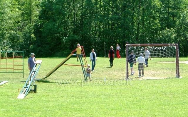 Žvejyba, biliardas, stalo tenisas, futbolo ir krepšinio aikštelės sodyboje  Antalakaja - 7