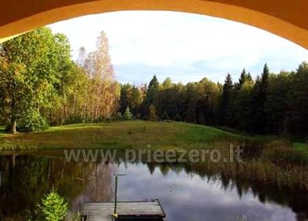 Plaukimas baidarėmis Augustave Lenkijoje Dom w lesie - 1