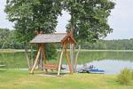Sodybos aplinka: teritorija, ežeras, lieptas, tinklinio aikštelė, stalo tenisas - 4