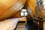 13 vietų namas: svetainė-valgomasis, virtuvė, 5 miegamieji, terasa, balkonai, WC - 23
