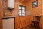 Nr.3 Dviejų kambarių penkiavietis namelis su virtuvėle, pavėsine - 10